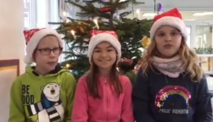 Weihnachtsgrüße Grundschule.Weihnachtsgrüße Der Dritten Klassen Grundschule Kranenburg